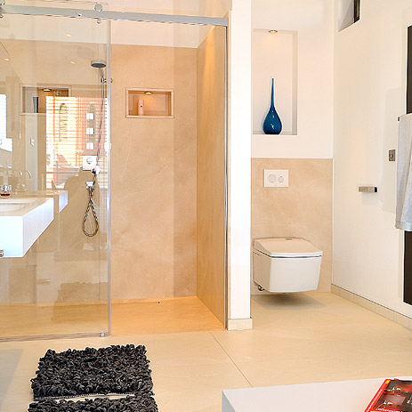 trend_ground-floor-showers-reportage-bathroom_463x463